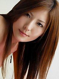 Busty redhead japan av idol Yuuna Shiina