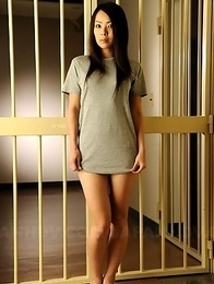 Prison babe displaying her boobs