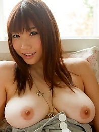 Busty and sexy Japanese girl Honami Uehara shows her amazing naked breasts