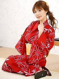 Redhead japanese babe Ai Kurosawa in kimono shows her big tits