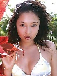 Yoko Mitsuya busty Asian posing outside in her black bikini