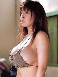 Huge Tits babe Harada Orei