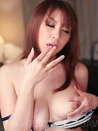 Araki Hitomi Asian gets cum on boobs after she rubs her clitoris