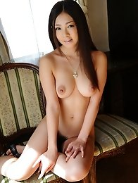 Busty and beauty Japanese av idol Minori Hatsune shows her amazing body showing her tits