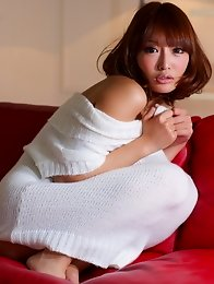 Beautiful and sexy Japanese av idol Asuka Kirara shows her amazing body naked