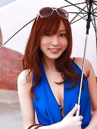Natsuki Ikeda takes blue dress off to play in the pool